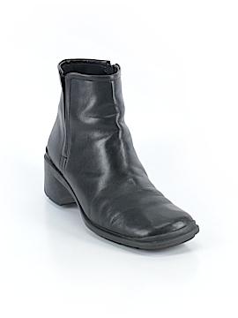 Liz Claiborne Ankle Boots Size 7 1/2