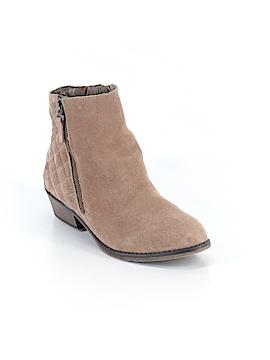 White Mountain Boots Size 6 1/2