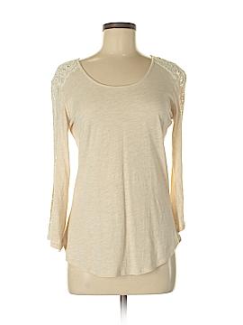 Nurture 3/4 Sleeve Top Size M