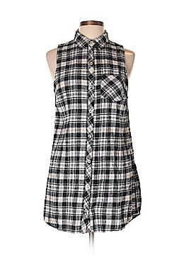 XXI Sleeveless Button-Down Shirt Size L