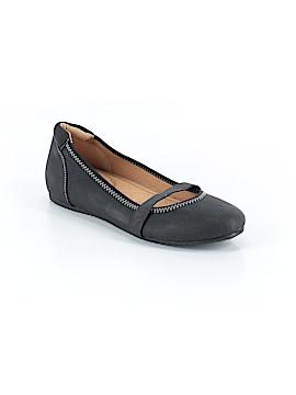 Avon Flats Size 8