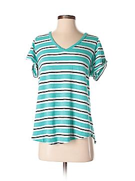 Torrid Short Sleeve T-Shirt Size 0 (Plus)
