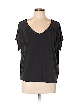 Gap Fit Active T-Shirt Size L