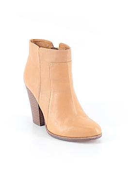 Pour La Victoire Ankle Boots Size 9