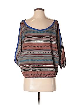 Pitaya 3/4 Sleeve Blouse Size S
