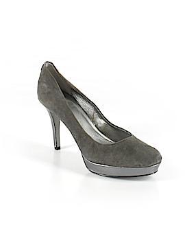 Tahari Heels Size 10