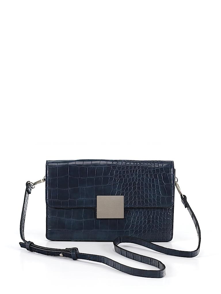 5e2727a422 Check it out -- Zara Basic Crossbody Bag for $27.99 on thredUP!