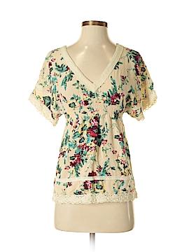 Full Tilt Short Sleeve Blouse Size XS