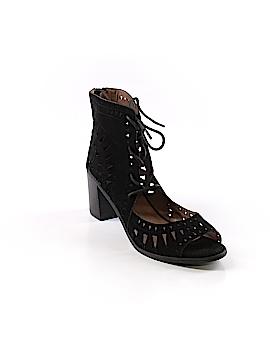 Breckelle's Heels Size 8 1/2