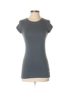Closet Short Sleeve T-Shirt Size S