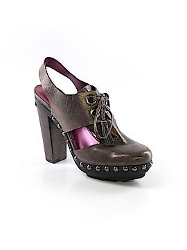 Coach Heart Poppy Heels Size 8 1/2