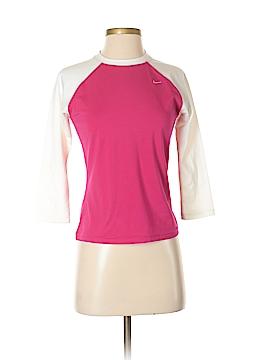 Nike 3/4 Sleeve T-Shirt Size S