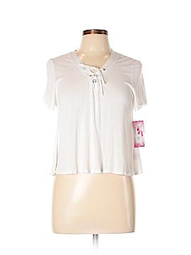 So Nikki... Short Sleeve Top Size XL