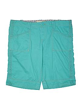 Aventura Shorts Size 16