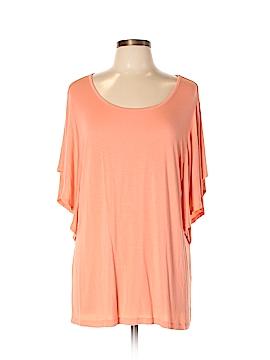Avenue Short Sleeve T-Shirt Size 14 (Plus)