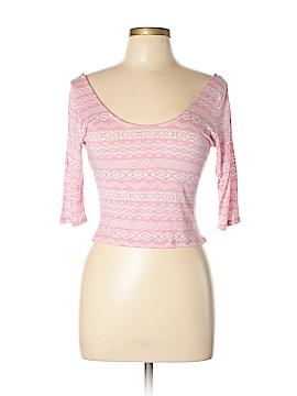 Kirra 3/4 Sleeve T-Shirt Size L