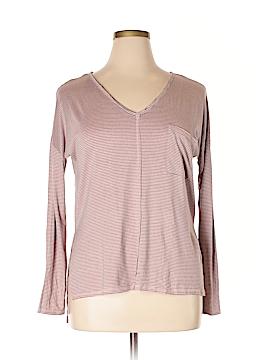 C. Wonder Long Sleeve T-Shirt Size XL