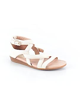 Nurture Sandals Size 6