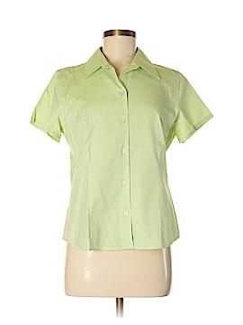 Eddie Bauer Short Sleeve Button-Down Shirt Size M (Petite)