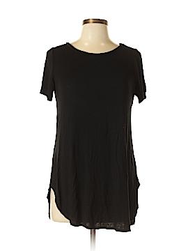 Fashion Nova Short Sleeve T-Shirt Size L