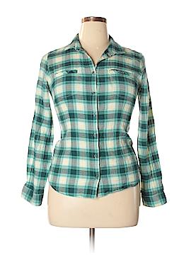 Mountain Hardwear 3/4 Sleeve Button-Down Shirt Size 10