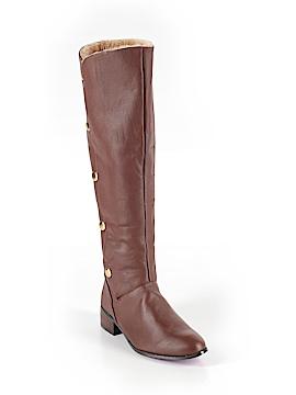 Twiggy Boots Size 8 1/2