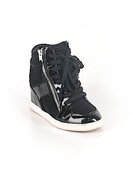 Rock & Republic Sneakers Size 6