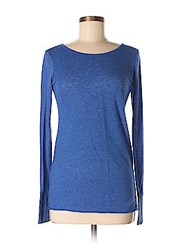 Delia's Long Sleeve T-Shirt Size M