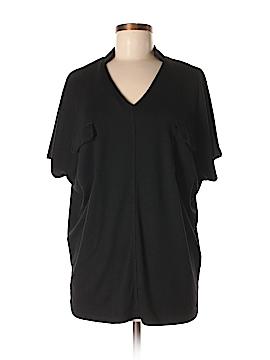 Amaryllis Short Sleeve T-Shirt Size M