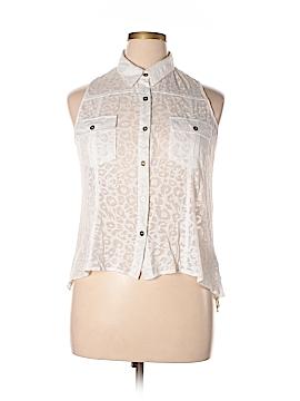 2b bebe Sleeveless Button-Down Shirt Size L