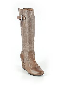 Naya Boots Size 8
