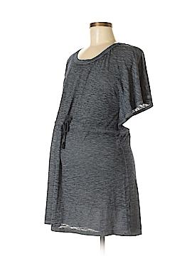 Liz Lange Maternity for Target Short Sleeve Top Size M (Maternity)