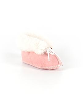 Minnetonka Booties Size 4