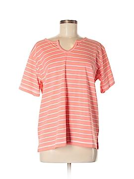 Erika & Co. Short Sleeve T-Shirt Size M