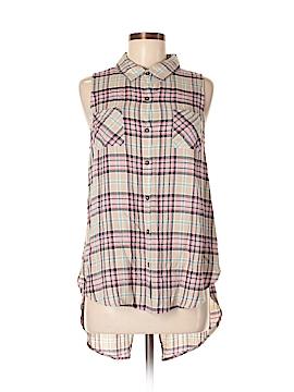 Hem & Thread Sleeveless Button-Down Shirt Size M