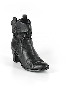 Circa Joan & David Ankle Boots Size 7 1/2