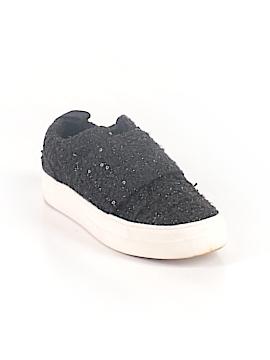 DV Sneakers Size 6