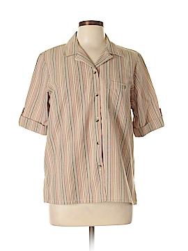 Blair Short Sleeve Button-Down Shirt Size M