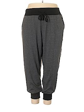 Livi Active Sweatpants Size 26 - 28 (Plus)