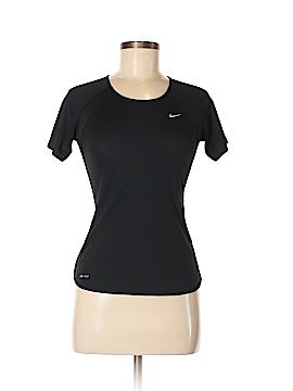 Nike Active T-Shirt Size XS