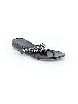 Vera Wang Flip Flops Size 6
