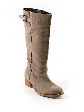 Torrid Boots Size 7 (Plus)