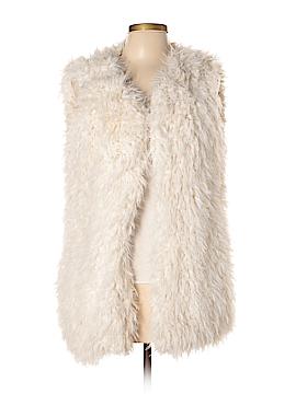 TWO by Vince Camuto Faux Fur Vest Size M