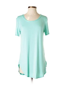 Emma's Closet Short Sleeve T-Shirt Size S