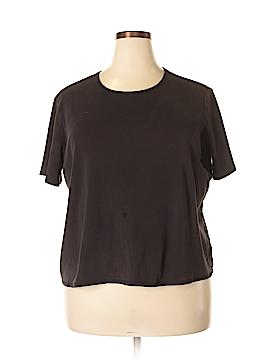 Covington Outlet Short Sleeve T-Shirt Size 20 (Plus)
