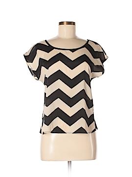 Delia's Short Sleeve Button-Down Shirt Size M