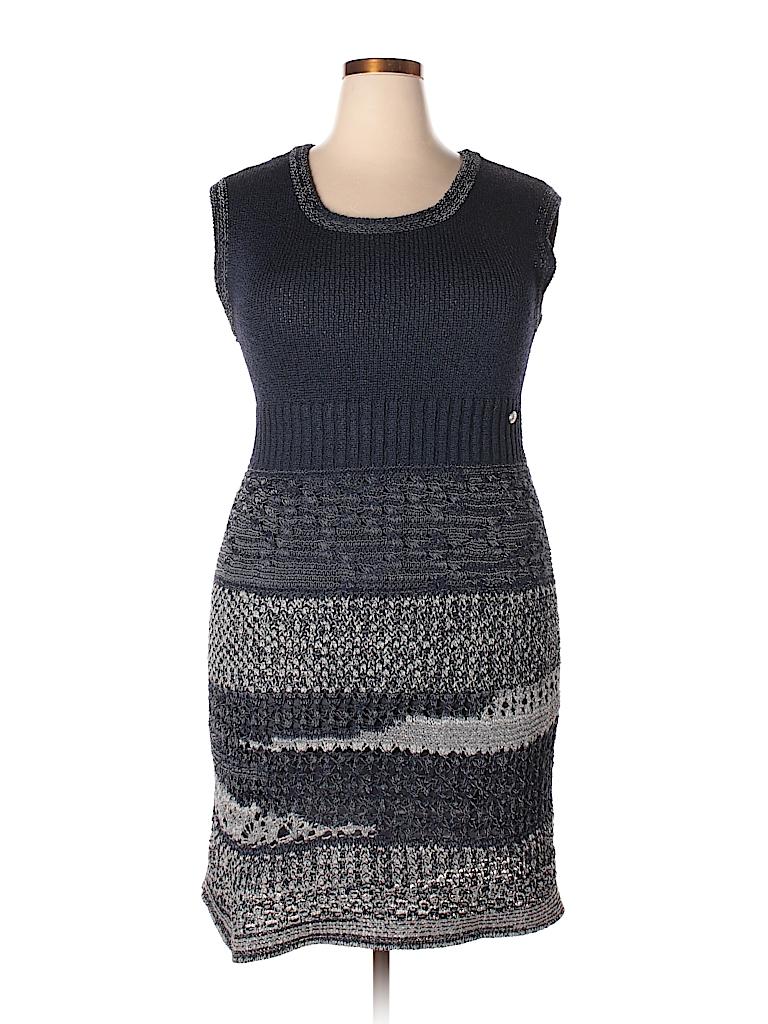 95816a9ce2b Chanel Solid Dark Blue Casual Dress Size 44 (EU) - 74% off
