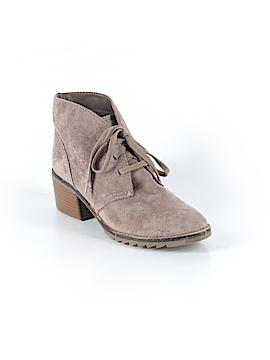 Merona Boots Size 9