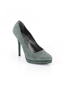 Versani Heels Size 8 1/2