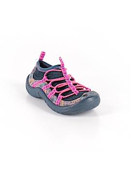 OshKosh B'gosh Water Shoes Size 8